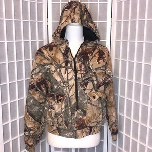 Outfitters Ridge camo hooded jacket thick sz 18